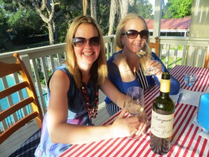 jims cellars white wine for pretty ladies at the wine wankers italian wine and pizza party