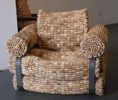 awinechair
