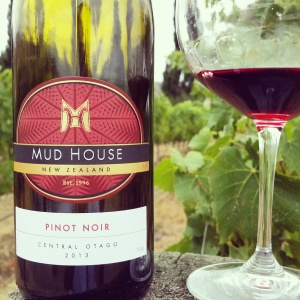 wine wankers central otago pinot celebration 2015 mud house pinot 2013