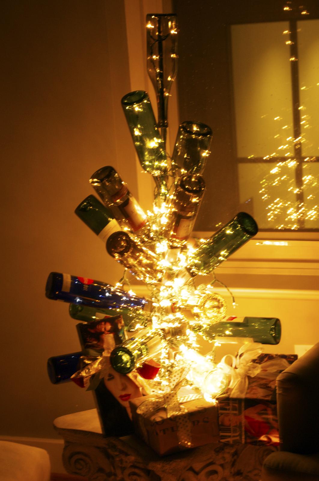 wine wankers wine bottle christmas tree dodgy the wine wankers
