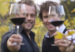 wine wankers vinomofo boys justin dry and Andre Eikmeier